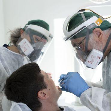 Tutto ciò che devi sapere sugli impianti dentali